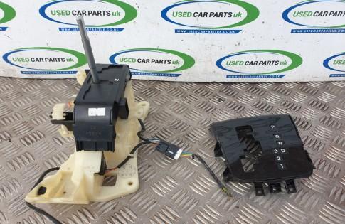 Kia Ceed MK1 1.6 CRDI automatic gear shift selector lever mechanism