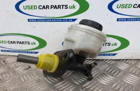 Nissan Micra K11 1.0 Litre petrol manual brake master cylinder