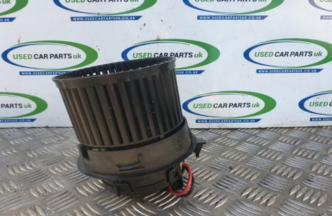 Peugeot 208 heater blower motor fan Puretech Active 2015