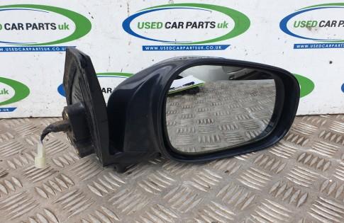 Suzuki Grand Vitara MK2 electric door wing mirror drivers side with glass