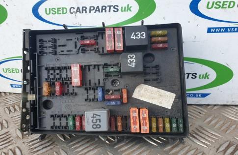 VW Golf MK5 2 0 GT TDI engine bay fuse box