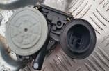 Toyota RAV4 electric window regulator motor passengers front 2004 85720-32150